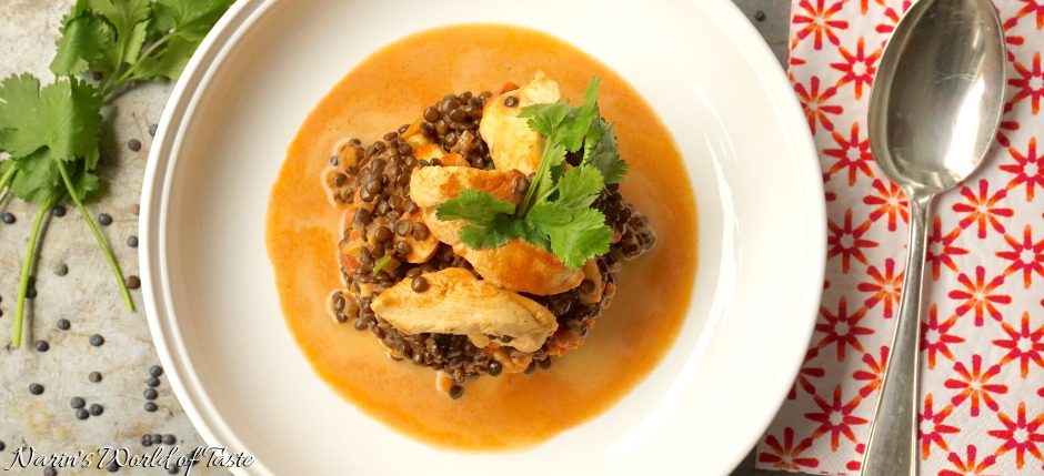 Chicken & Beluga Lentils in Tomato Gravy