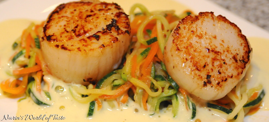 Scallops with Vegetable Spaghetti on Saffron Sauce