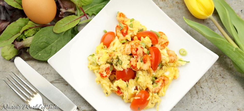 Scrambled Eggs with Crayfish and Basil